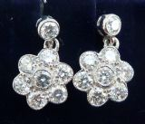 Gorgeous art deco 18ct 18k white gold 1.12ct diamond daisy vintage antique cluster drop earrings